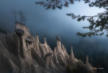 多洛米蒂的怪石林