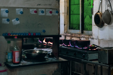 砂锅粥的烟火气