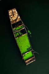 废弃的小船
