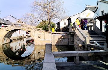 "江南周庄""双桥"""