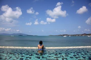 无敌海景游泳池