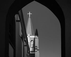 教堂的黑白灰