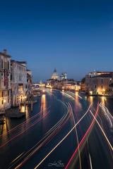 《威尼斯的线条》