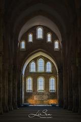 《古老的修道院》